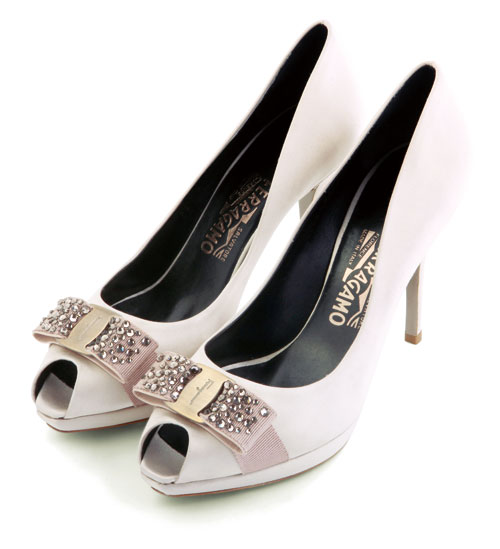 devi)设计凉鞋