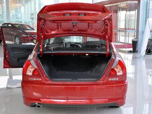 三菱蓝瑟精彩视频-无锡车市 蓝瑟店内有现车 购车可小幅优惠2000元