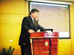 演讲嘉宾叶春晖-共话2012投资策略探寻更多结构性机遇