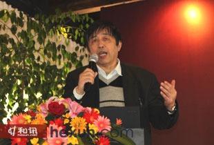 北京联办旗星风险管理顾问有限公司首席经济学家 任若恩