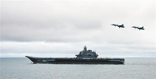 俄正建造新航母与核动力驱逐舰