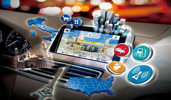 时代周报记者 李瀛寰 发自北京、上海   从前年开始就已经大热的车联网,在今年两会互联网+战略的助力之下,进一步带动了传统车企的转型之路。   3月25日,海马汽车(000572,股吧)正式发布以用户服务为核心、以移动互联新生态构建为目标的moofun移动互联人车生态系统。海马汽车将从传统汽车产品制造商向汽车产品与服务的整合供应商转变,从传统汽车制造商向移动互联汽车生活方式的提供商进化。当天,海马汽车集团执行总裁孙忠春高调表示道。   4月20日,海马全新车型海马M6在上海国际车展正式亮相