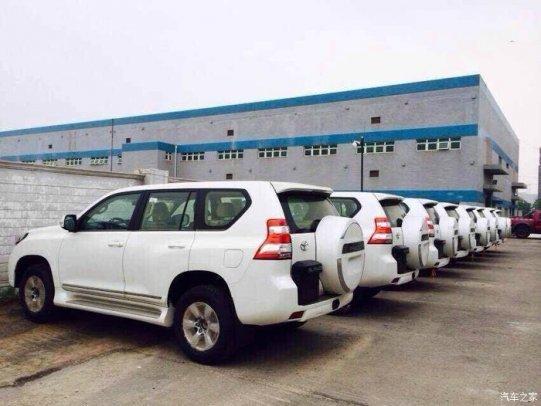 丰田霸道2.7进口中东版 零利润秒杀 丰田霸道2.7报价图片及配置现车销高清图片