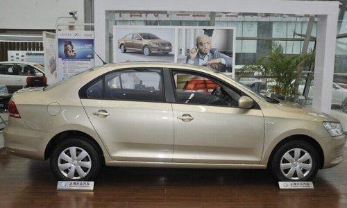 2013款 新桑塔纳低配多少钱 新款上市车型高清图片